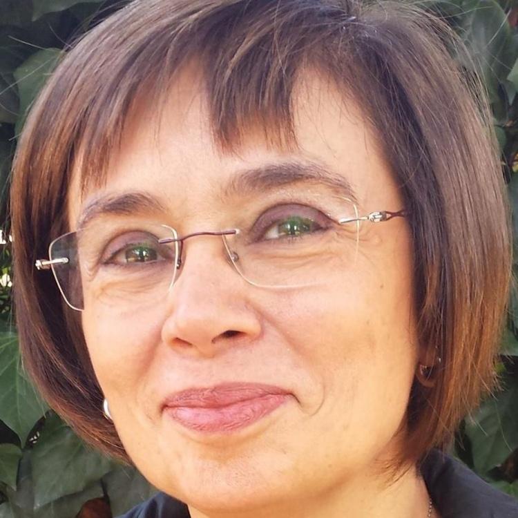 EMILIA MANZATO