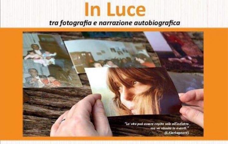 IN LUCE << video-installazione >> PE(N)SA DIFFERENTE 2019